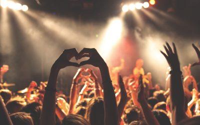De perfecte Valentijn playlist voor een romantische avond